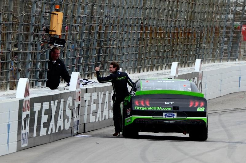 775149969TB00132_NASCAR_Xfi