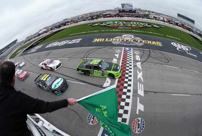 775149969TB00004_NASCAR_Xfi