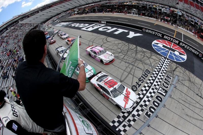 775324699JC00001_NASCAR_Xfi