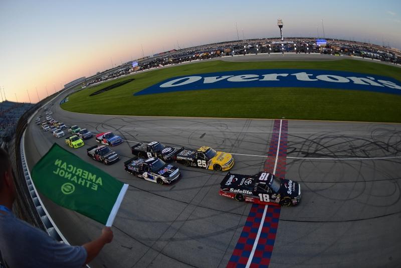 775183646XX00001_NASCAR_Cam