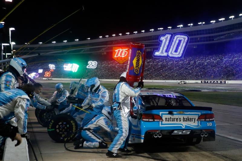 627550845DS00396_NASCAR_Spr
