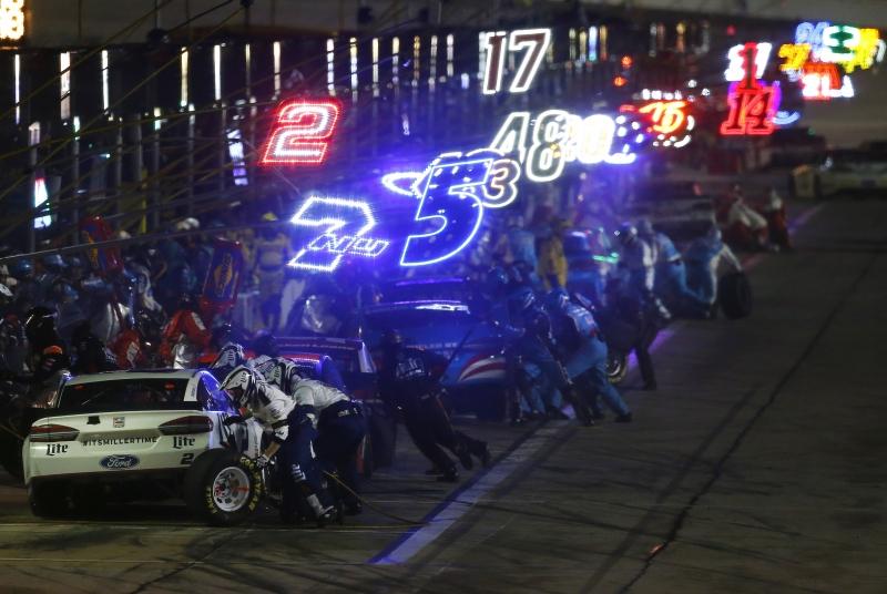 627550845DS00421_NASCAR_Spr
