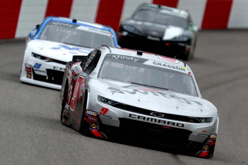 775327202JC00008_NASCAR_Xfi