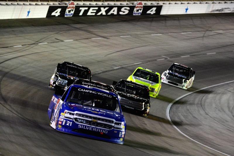 775174075RB00009_NASCAR_Cam
