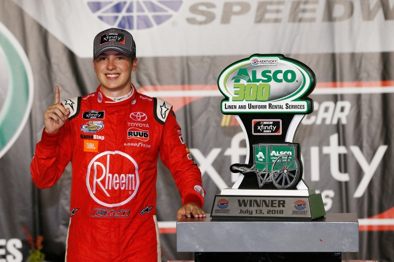 775191322DS00138_NASCAR_Xfi