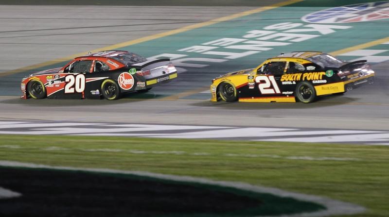 775191322DS00129_NASCAR_Xfi