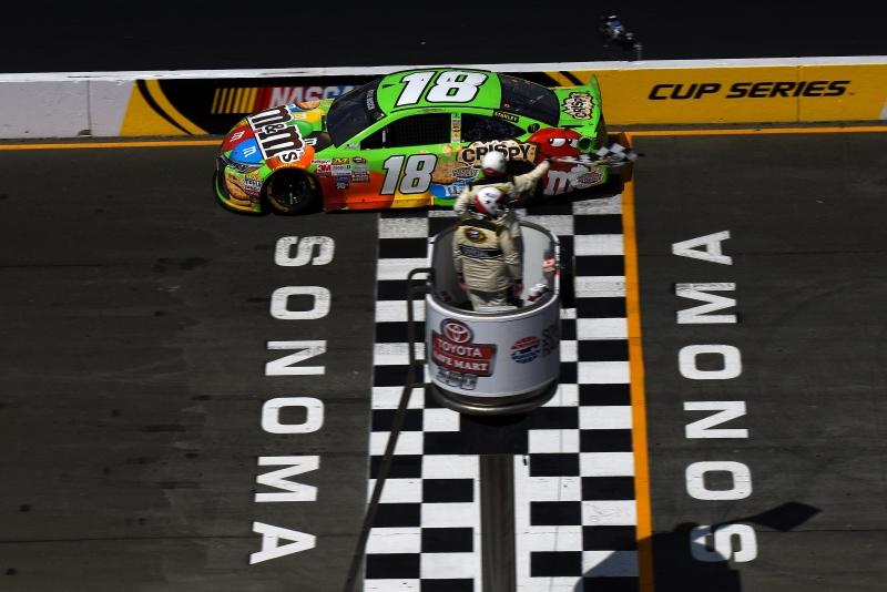 561400701CG00148_NASCAR_Spr