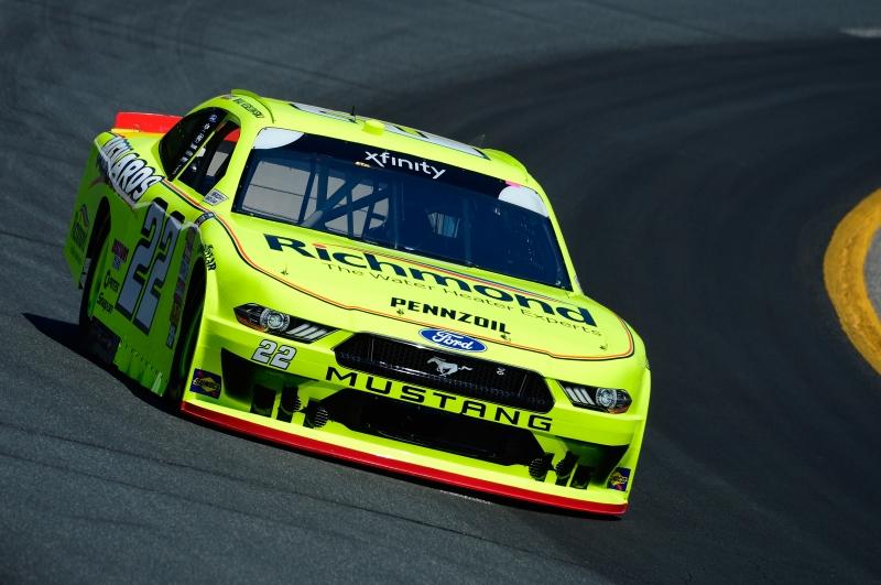 775193446JC00098_NASCAR_Xfi