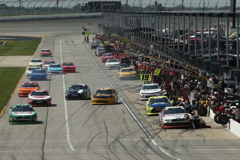 775183648JC00063_NASCAR_Xfi